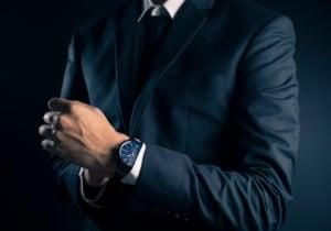 Giacche nere eleganti: 10 modelli adatti alle occasioni speciali e non solo
