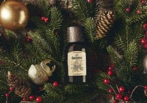 Regalare un profumo maschile, a Natale