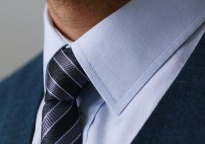 Cravatta e camicia, abbinamento perfetto