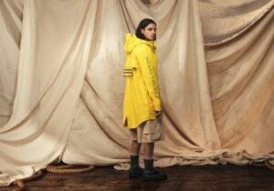 L'impermeabile giallo secondo Canada Goose