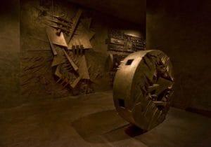 Il Labirinto di Arnaldo Pomodoro, metafora del presente