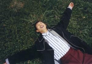 Il mondo creativo e teatrale di Lu Kaigang, star di Douyin