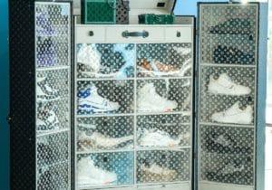 Louis Vuitton crea due bauli esclusivi per sneakers da collezione