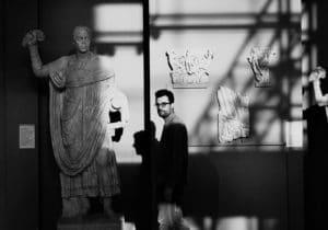 """Rinascita e """"Rovine"""": benvenuti nella poetica di Gabriele Tinti"""