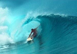 Dove fare surf in Italia: cinque luoghi imperdibili per principianti ed esperti