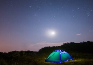 Le tende smart e tecnologiche per andare in campeggio