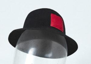 Red Pocket: il cappello di Reinhard Plank per sostenere la lotta contro l'AIDS